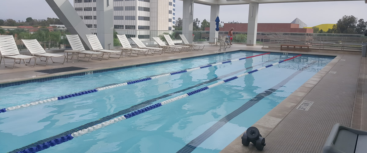24-hour-fitness-pool-guaridanpd-westfield